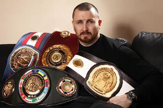 Скандальный боксер Родион Пастух получил ранение в живот