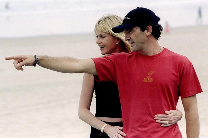 Мелани Гриффит и Антонио Бандерас, 1999 год. Пара была в браке с 1996 по 2015 год