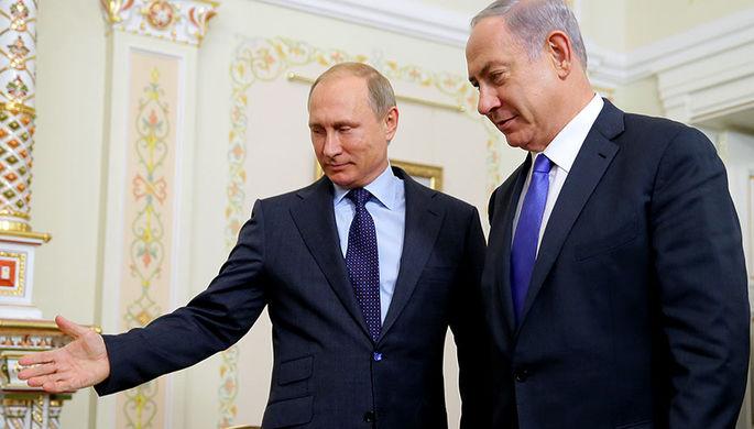 Президент России Владимир Путин и премьер-министр Израиля Биньямин Нетаньяху (слева направо) во...