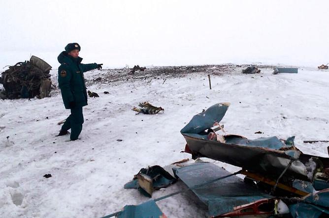 На месте крушения самолета Ан-2, выполнявшего плановый облет нефтепровода Салават-Орск