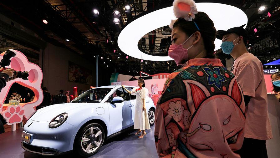 Модели на стенде автобренда Ora (бренд, принадлежащий компании Great Wall Motors) на Шанхайском автосалоне, апрель 2021 года