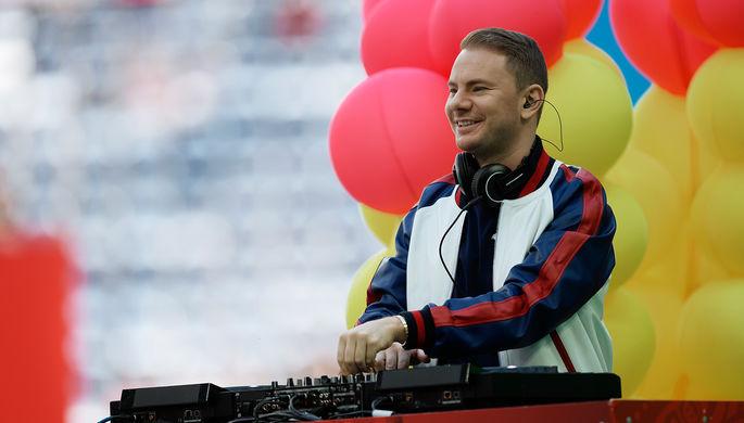 Музыкант DJ Smash на церемонии открытия Кубка конфедераций – 2017 в Санкт-Петербурге