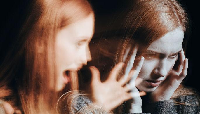 Галлюцинации и бред: чем коронавирус опасен для психики