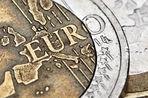 Евро пробил вниз психологическую отметку в 60 рублей