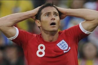 Фрэнк Лэмпард сразу после не увиденного арбитрами его гола в ворота Германии