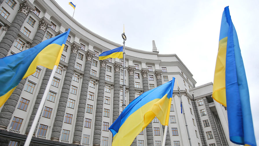 В офисе Зеленского обвинили Порошенко в организации протестов в Киеве