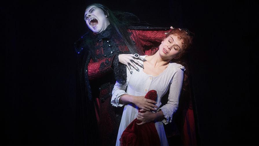 """Репетиция мюзикла """"Бал вампиров»"""