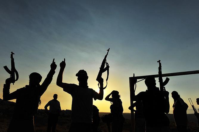 Боевики из террористической группировки «Лива аль-Ислам» казнили более 80 мирных жителей в районе города Адра