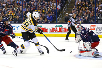 Сергей Бобровский пропустил пять шайб в первом матче сезона НХЛ