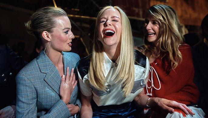 Марго Робби, Николь Кидман и Лора Дерн во время показа коллекции Calvin Klein на Неделе моды в Нью-Йорке, 13 февраля 2018 года