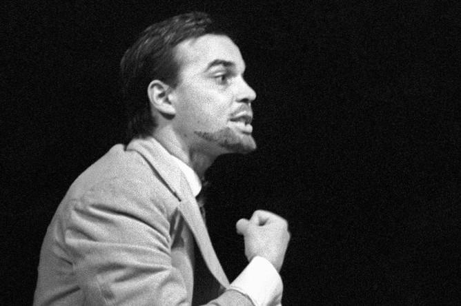Юрий Рашкин в спектакле «Народовольцы» на сцене театра «Современник», 1967 год