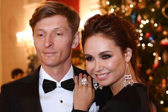 Телеведущий Павел Воля с супругой Ляйсан Утяшевой, 2017 год