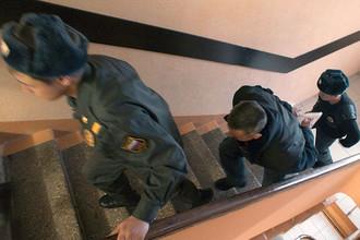 В Санкт-Петербурге суд отправил в прокуратуру дело бывшего замначальника 75-го отдела полиции Олега Прохоренкова