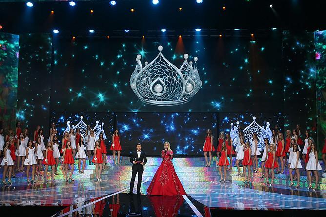 Участницы финала конкурса «Мисс Россия 2015»