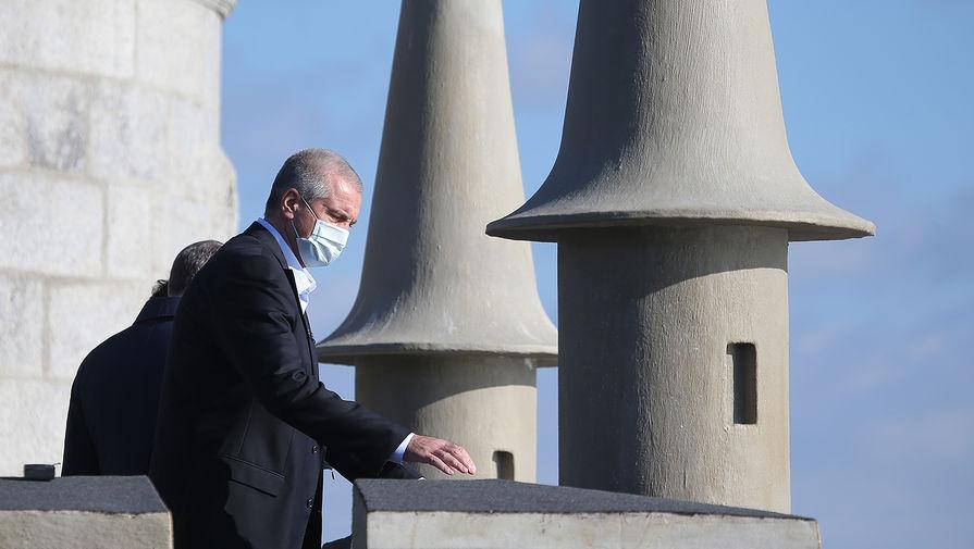 Глава Республики Крым Сергей Аксёнов на церемонии открытия дворца-замка «Ласточкино гнездо» после реконструкции, 25 ноября 2020