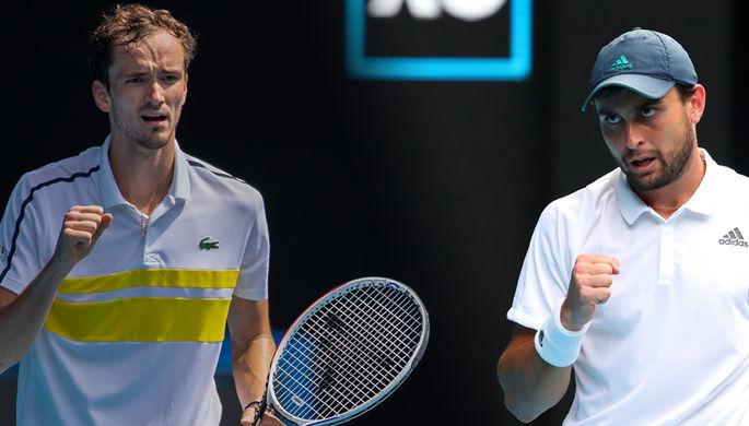 Российские теннисисты Даниил Медведев и Аслан Карацев