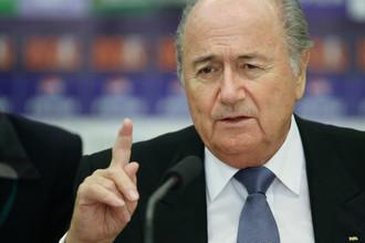 Глава ФИФА Йозеф Блаттер признал ошибкой выбор в пользу Катара