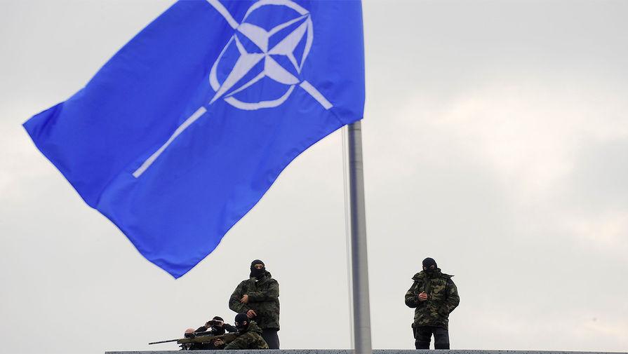 Столтенберг призвал дать НАТО больше денег для операций на востоке