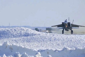 Экипаж истребителя МиГ-31 Воздушно-космических сил РФ выполнил практический учебно-боевой пуск гиперзвуковой аэробаллистической ракеты с малой радиолокационной заметностью и высокой маневренностью комплекс «Кинжал», 11 марта 2018 года