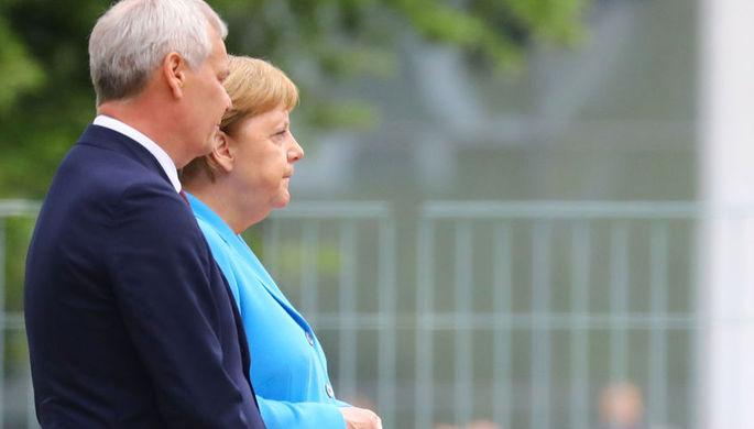 «Само пройдет»: что шепчет Меркель во время приступа