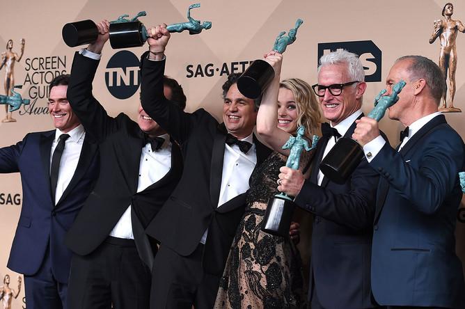 В номинации «Лучший актерский состав» победила картина «В центре внимания»