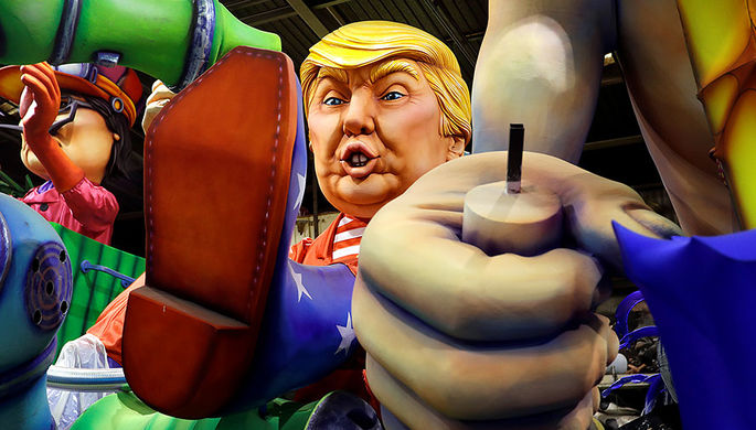 Восковая фигура Дональда Трампа перед карнавалом в Ницце, 9 февраля 2017 года