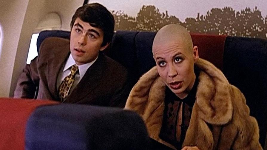 Сергей Бодров и Дарья Юргенс в кадре из фильма «Брат 2» (2000 год)
