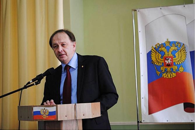 Министерство иностранных дел Украины официально выразило недовольство поведением генерального консула России в Симферополе
