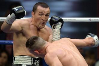 Российский боксер Денис Лебедев победил Марка Флэнагана единогласным решением судей