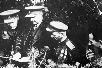 В октябре 1944 года 1-й Чехословацкий армейский корпус под командованием Людвига Свободы вместе с советскими частями взяли укрепленный Дуклинский перевал и вступили на территорию Чехословакии. Восточно-Карпатская операция