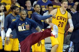 «Кливленд» сразится с «Голден Стэйт» в финале плей-офф НБА