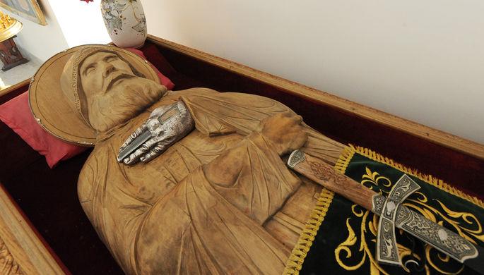 Фрагмент мощей Ильи Муромца в Спасо-Преображенском мужском монастыре