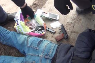 Задержание подозреваемого в организации теракта в метро Санкт-Петербурга. Скриншот из видео, предоставленного ФСБ России