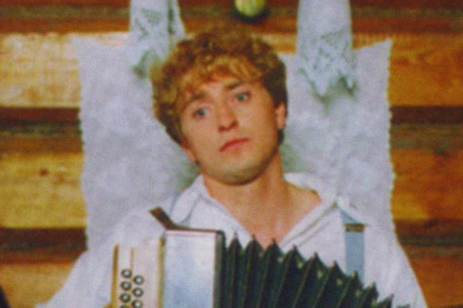 Сергей Безруков в телефильме «Есенин» (2005)