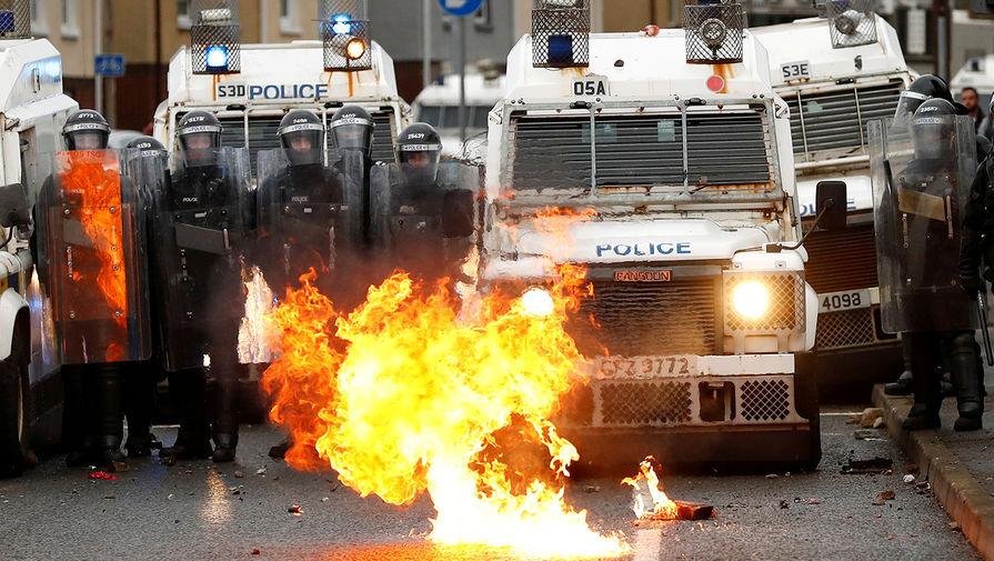 Протесты в Белфасте, 8 апреля 2021 года