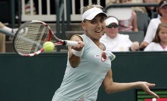 Елена Веснина переместилась во вторую половину сотни лучших теннисисток мира