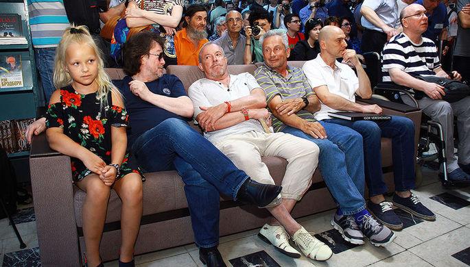 Владимир Сапунов с группой Машина времени