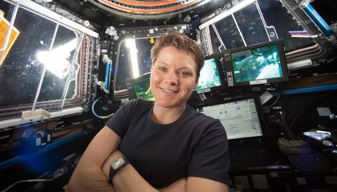 Первая космическая клевета: как жена оболгала астронавтку