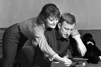 Знаменитый советский футболист Игорь Нетто и его жена Ольга Яковлева