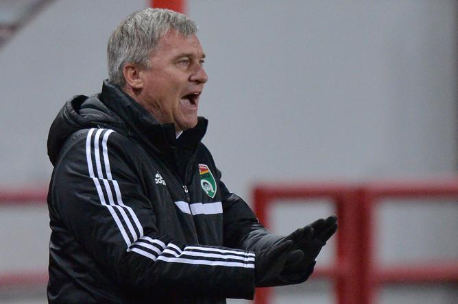 Главный тренер «Тосно» Олег Лещинский.