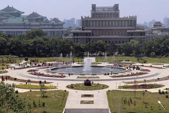 Парк фонтанов Мансудэ в Пхеньяне