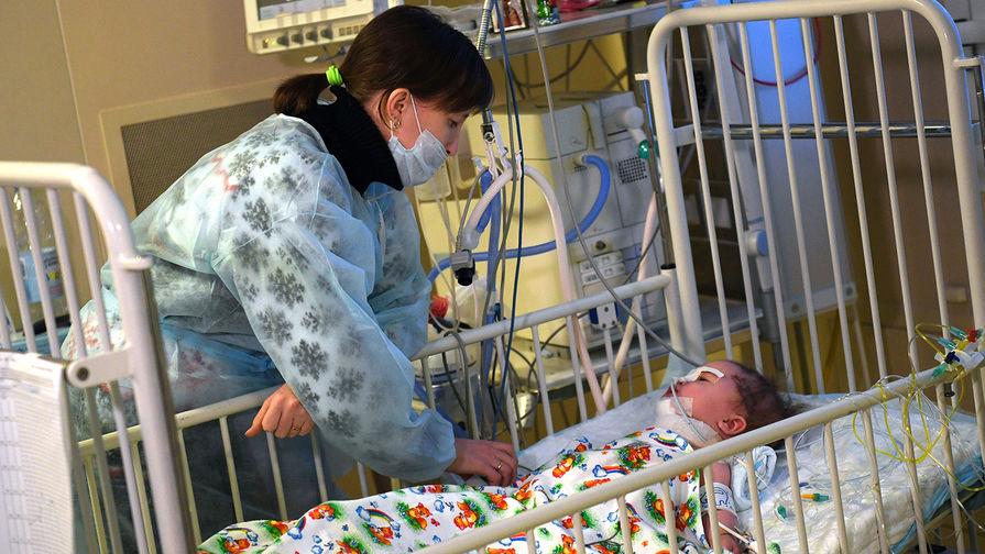 Отец спасенного в Магнитогорске младенца рассказал о его состоянии