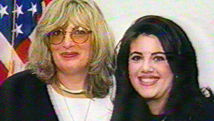 Линда Трипп и Моника Левински, 1998 год (кадр из видео)