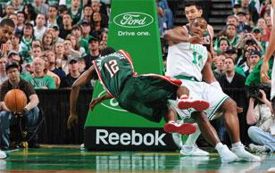 «Бостон» концовку «регулярки» провалил