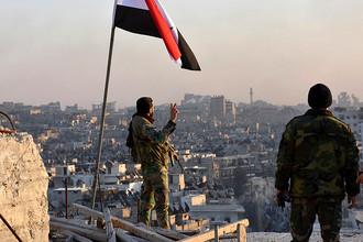 Солдаты сирийской армии в Восточном Алеппо, 28 ноября 2016 года