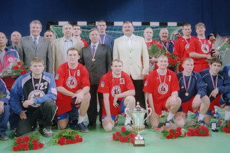 Самый титулованный гандбольный клуб России может стать историей