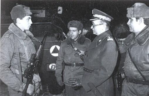 Генерал Ярузельский вводит военное положение в Польше