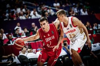 Мужская сборная России сразится с сербами за выход в финал Евробаскета-2017