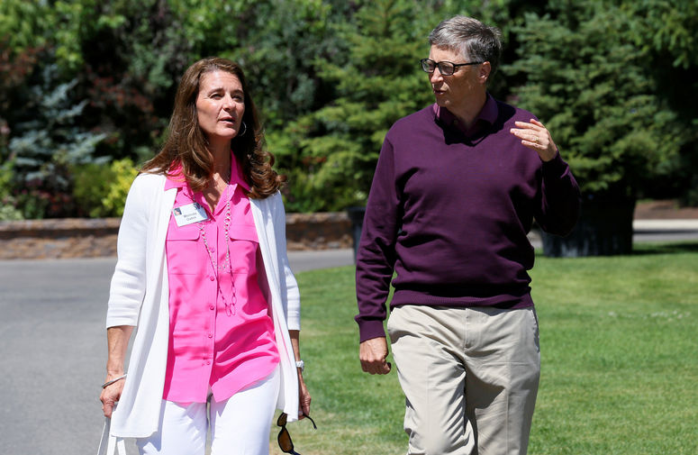 Мелинда и Билл Гейтс во время конференции Allen and Co. в штате Айдахо, 2014 год