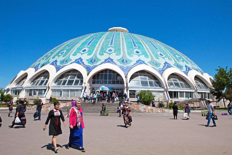 Наулицах Ташкента, Узбекистан